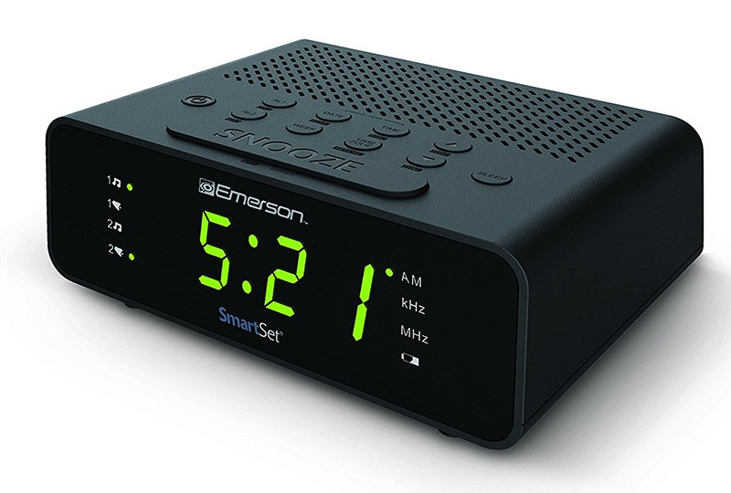 smart set alarm clock radio buck buck. Black Bedroom Furniture Sets. Home Design Ideas
