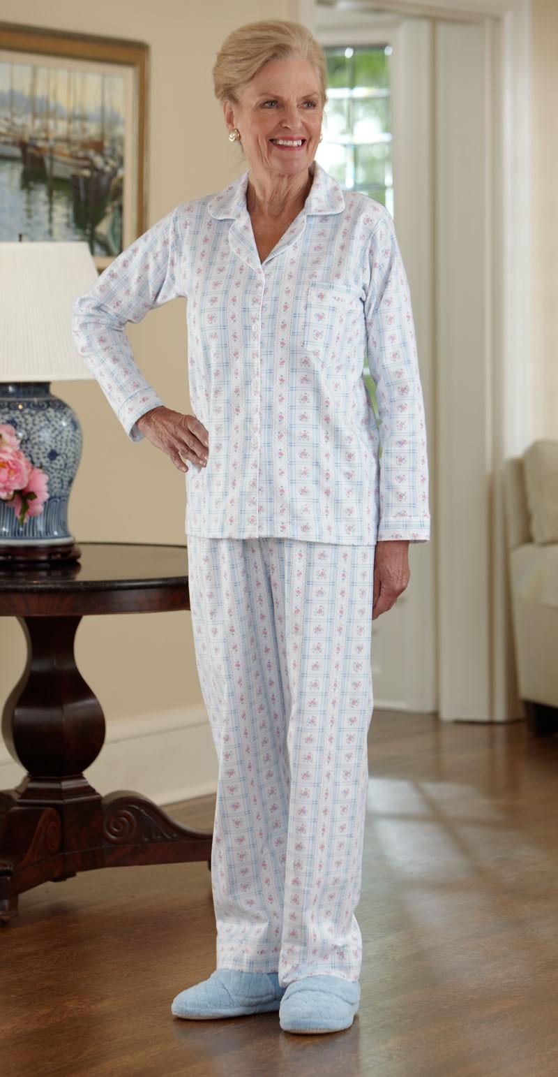 Women's Flannel Pajamas – Buck & Buck