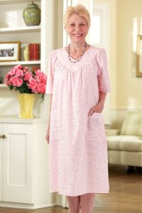 Cut-Away V-Neck Snap Back Muu Muu