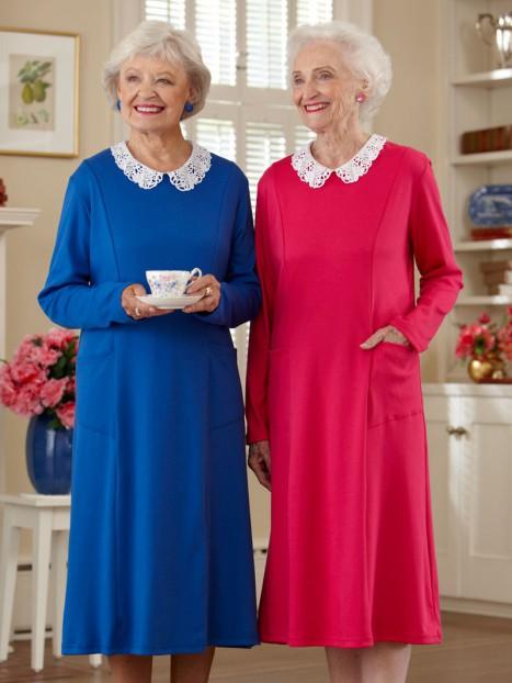 Lace Collar Knit Snap Back Dress