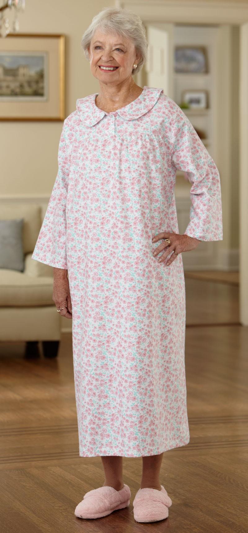 Long Flannel Open Back Nightgown – Buck & Buck